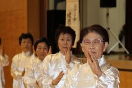 平成25年度敬老の日祝賀会 218